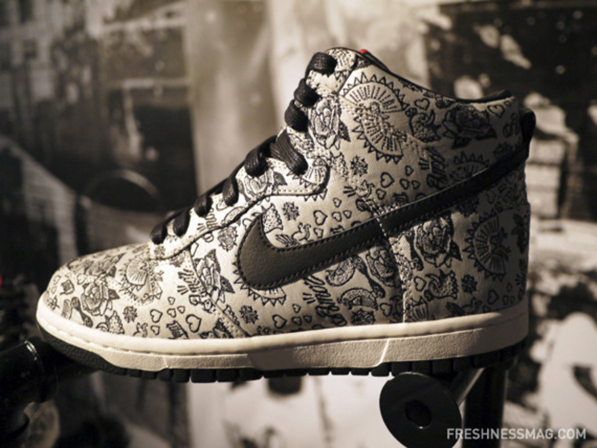 nike-sportswear-spring-2011-preview-china-media-summit-35