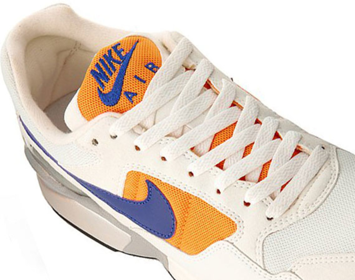 nike-air-pegasus-92-white-concord-orange-01
