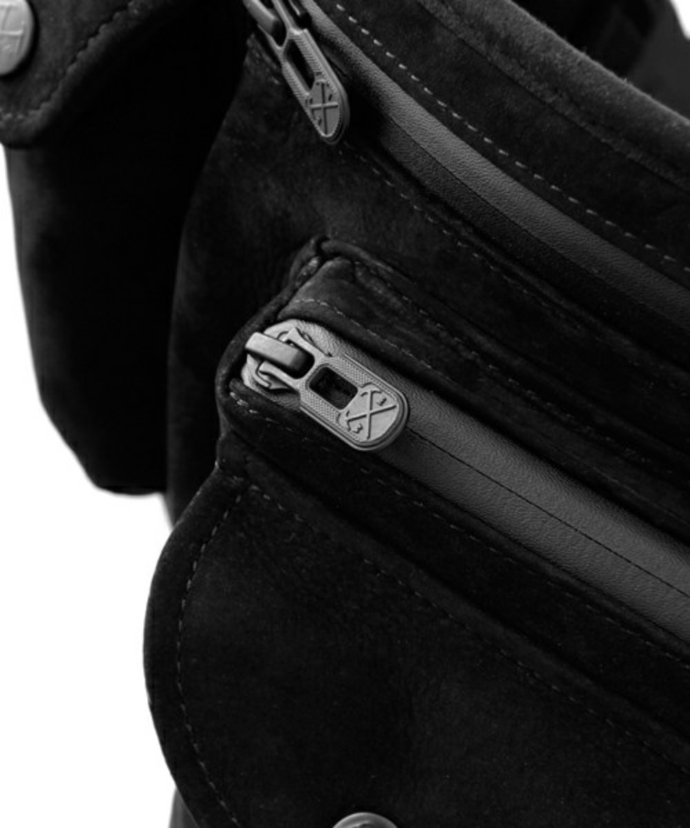 white-mountaineering-porter-yoshida-leather-waist-bag-17