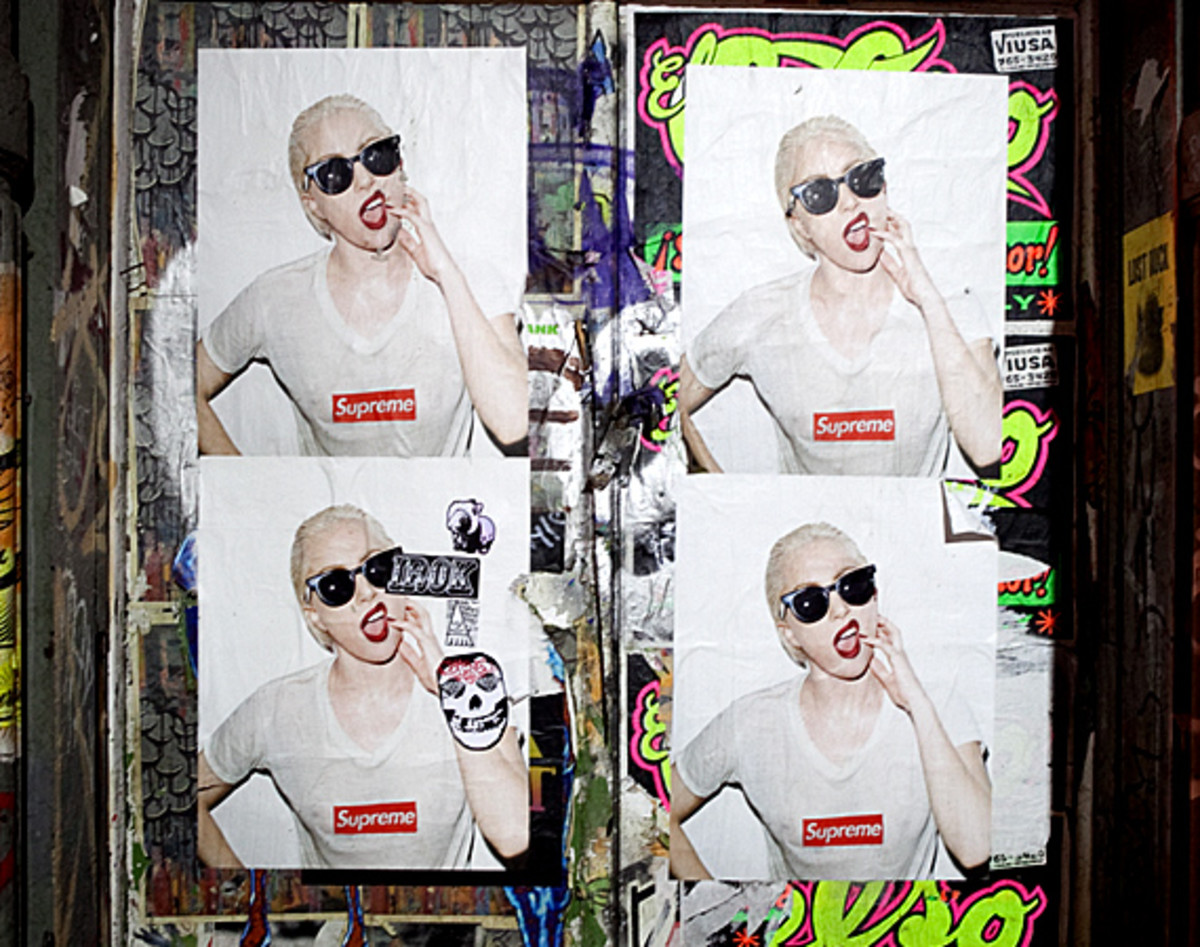 lady-gaga-by-terry-richardson-for-supreme-soho-05