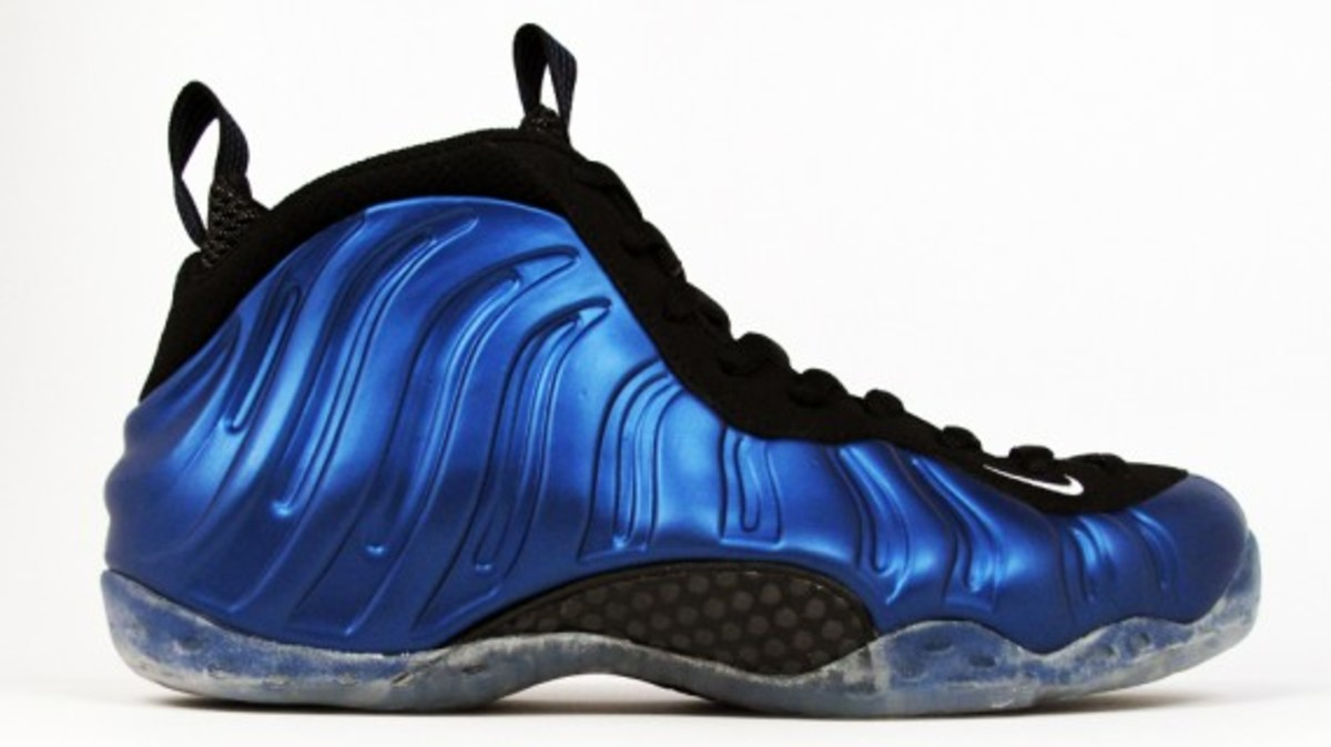 release-reminder-nike-air-foamposite-one-royal-1