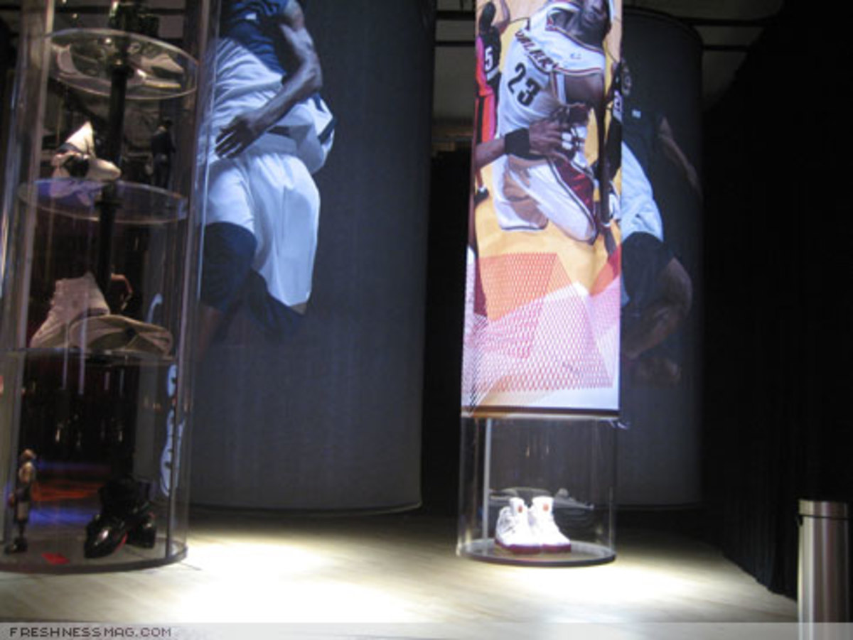 LeBron NYC Pop-Up Store + Exhibition Photos - 5