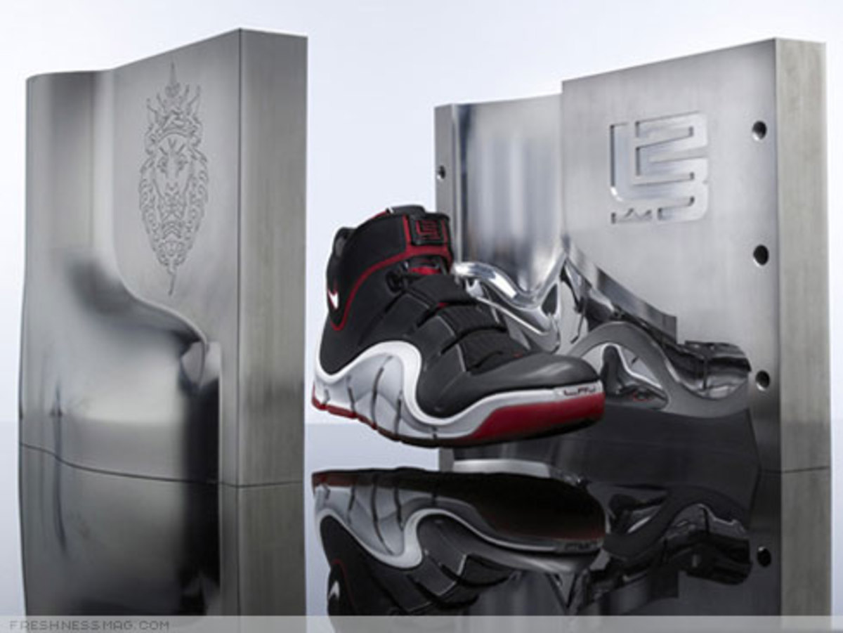 "LeBron ""Funds For Public Schools"" Charity Auctions - 0"