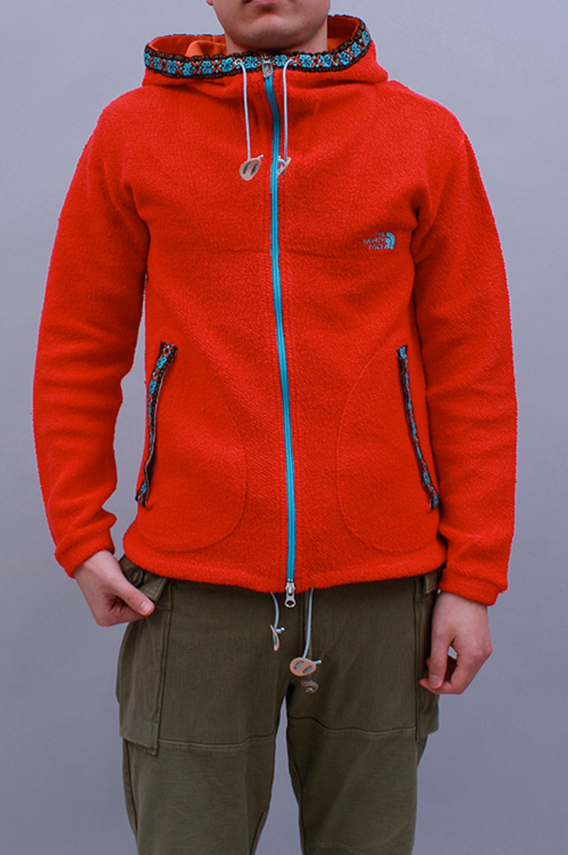 mountain-sweat-parka-red-01