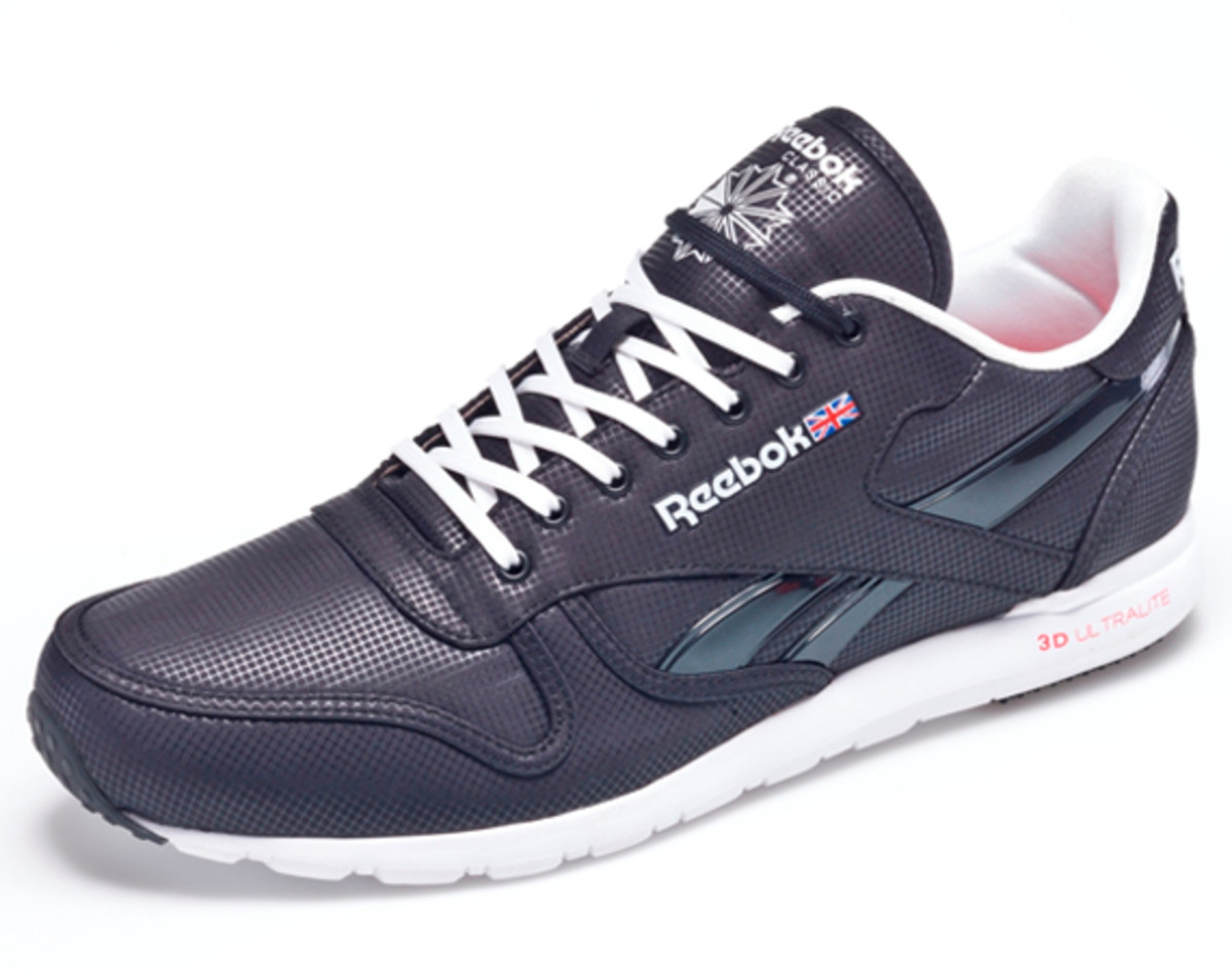 reebok-classic-leather-clean-ultralite-03