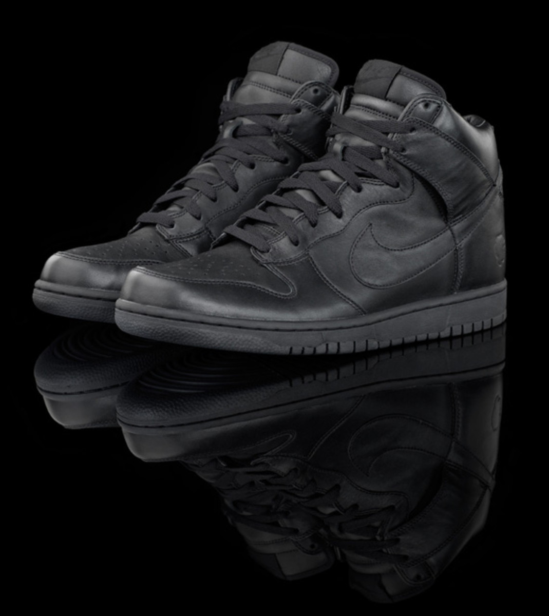 questlove-nike-dunk-high-pack-detailed-03
