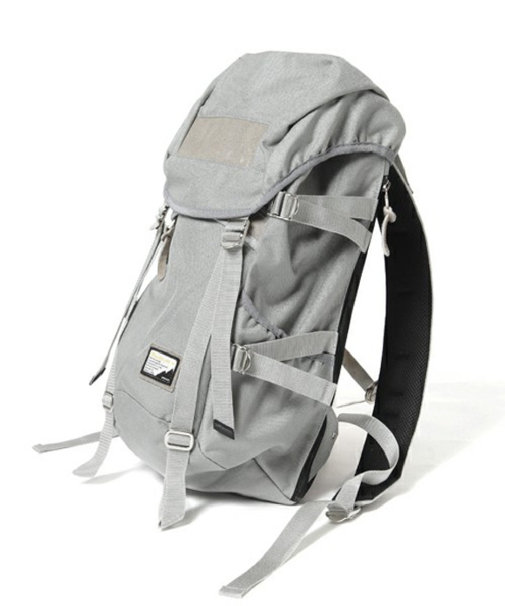 fade-backpack-gray-01