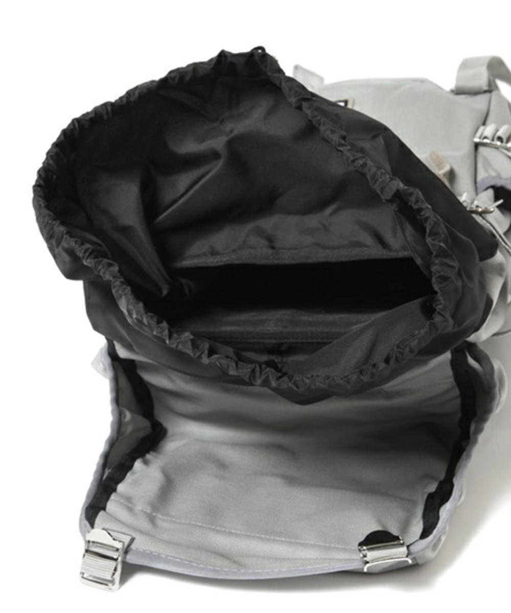 fade-backpack-gray-03