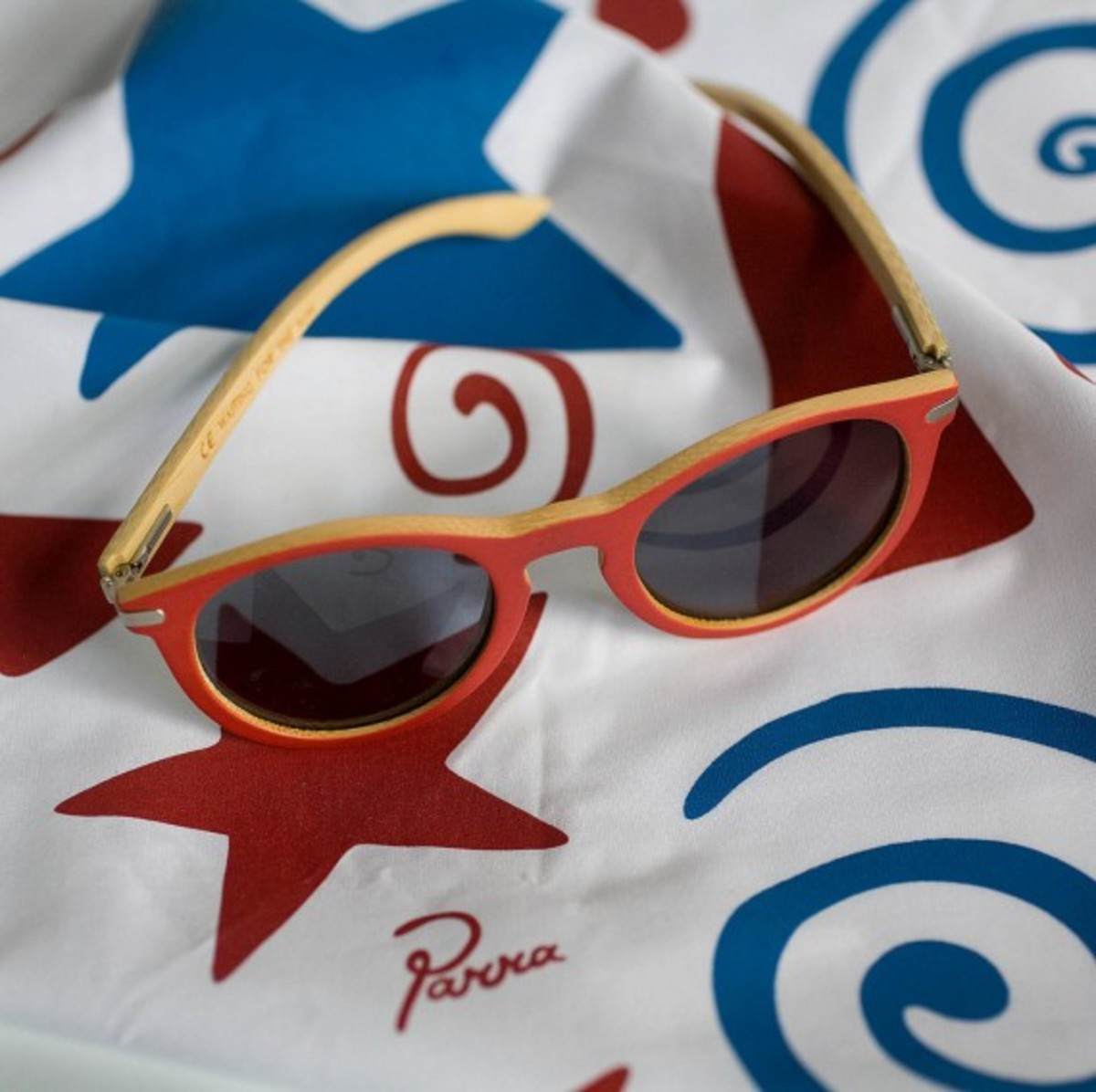 waiting-for-the-sun-rockwell-parra-sunglasses-05