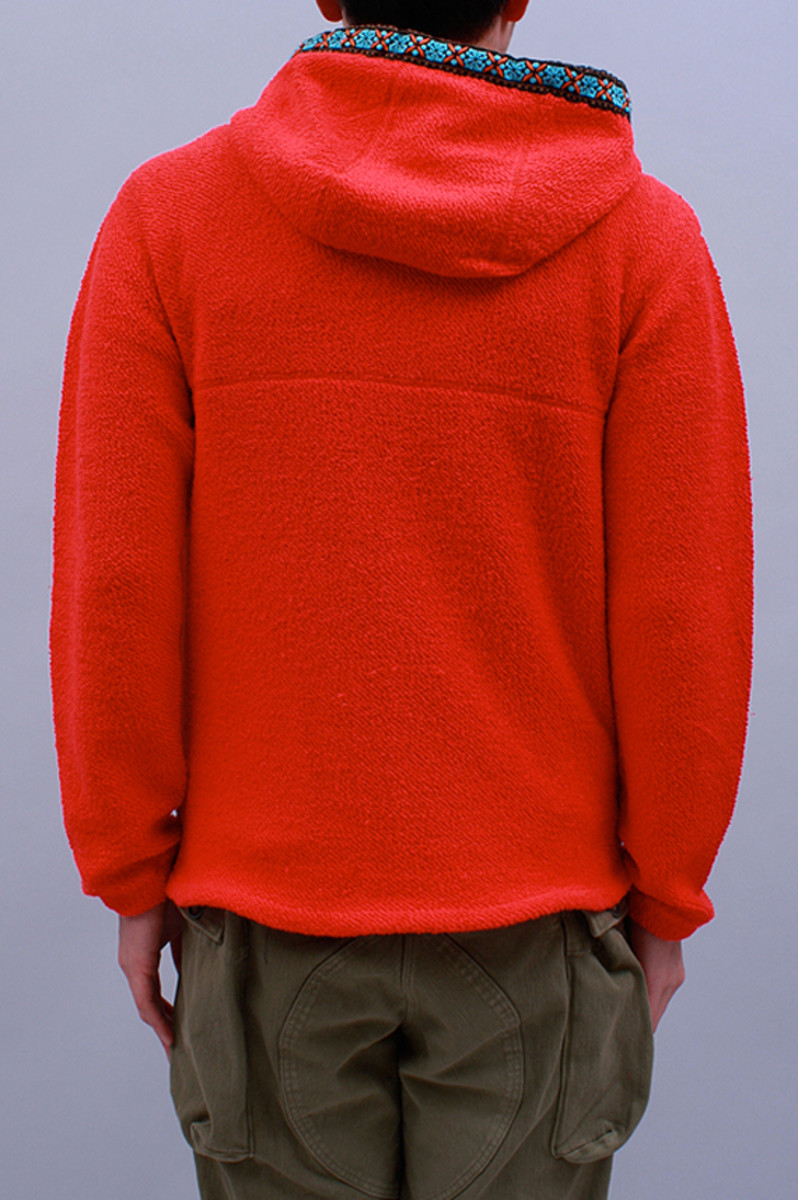mountain-sweat-parka-red-02