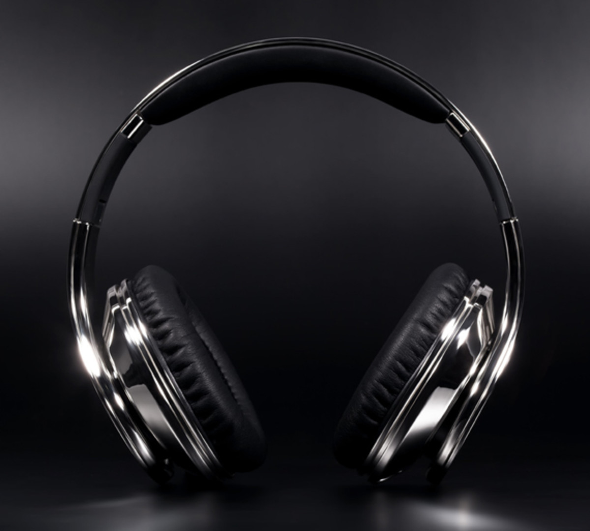 colorware-beats-by-dr-dre-chrome-03