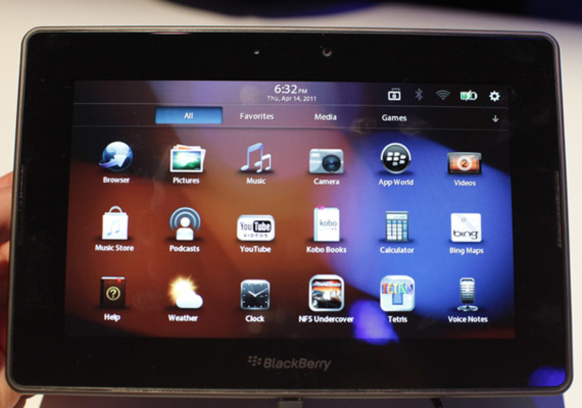 blackberry-playbook-launch-party-11