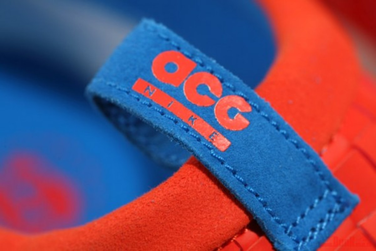 nike-acg-air-moc-lt-team-orange-04