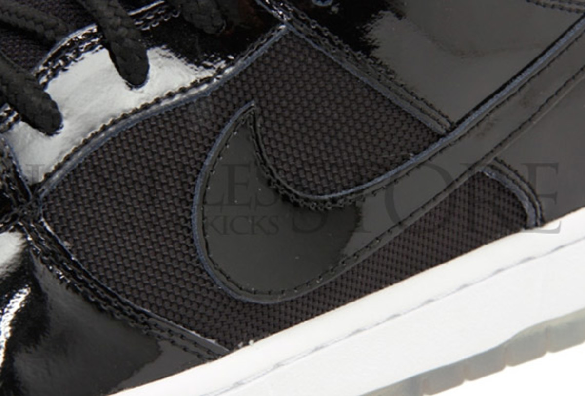 nike-sb-dunk-low-space-jam-new-images-7