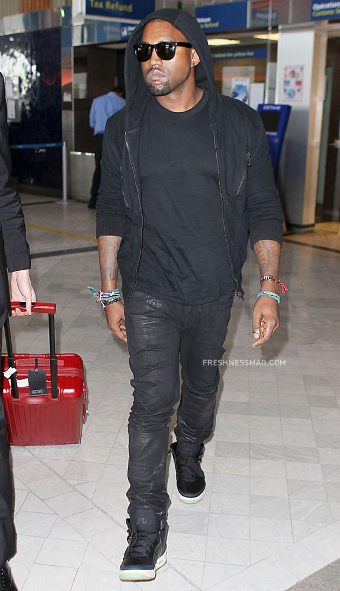 kanye-west-nike-air-yeezy-2-london-05