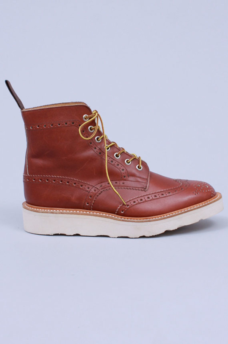 wing-tip-boots-burgundy-waxy-pull-02