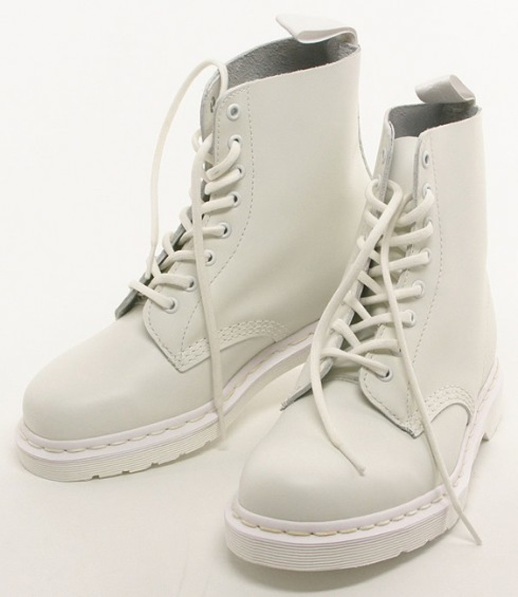 Dr. Martens - MONOTONE Collection