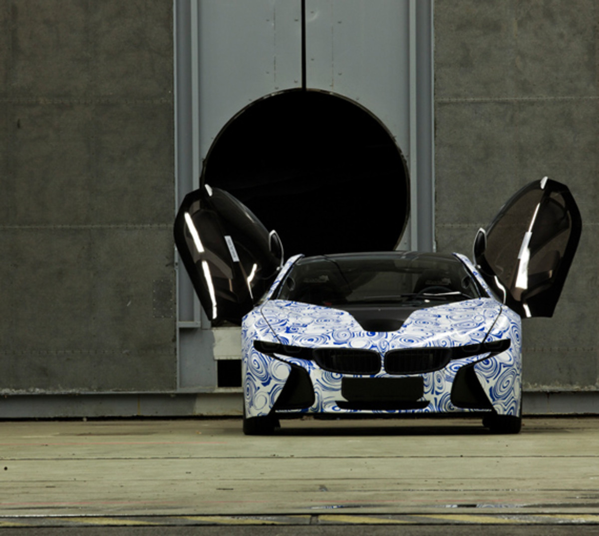 BMW-Vision-EfficientDynamics-test-track-16