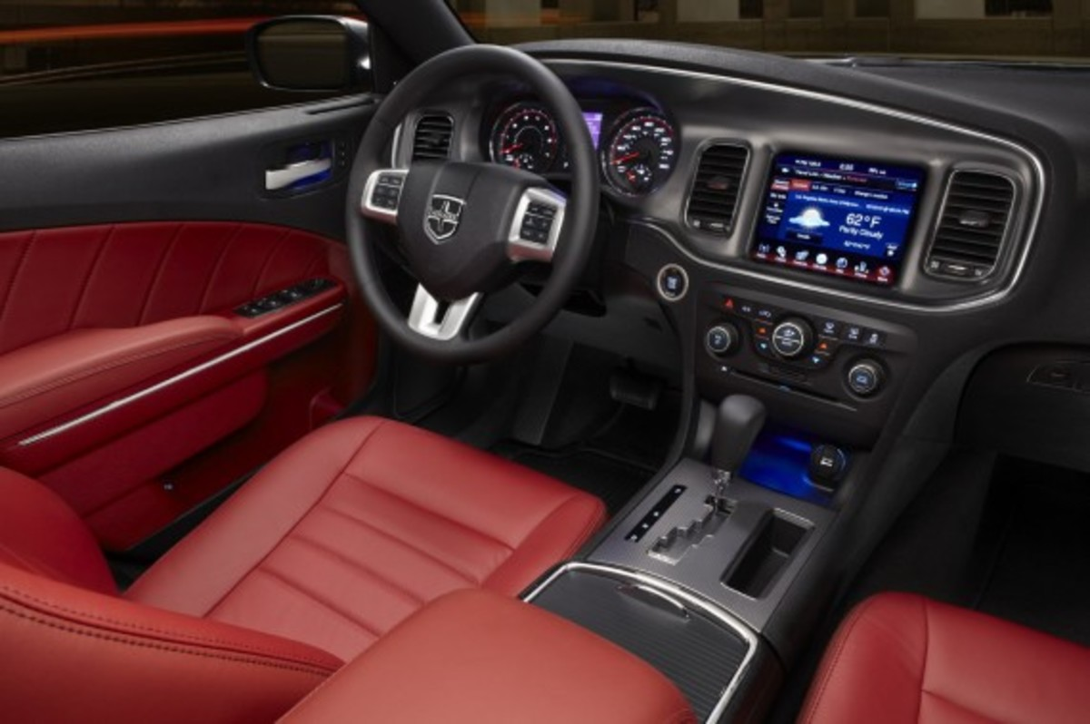 Ward's 10 Best Car Interiors 7