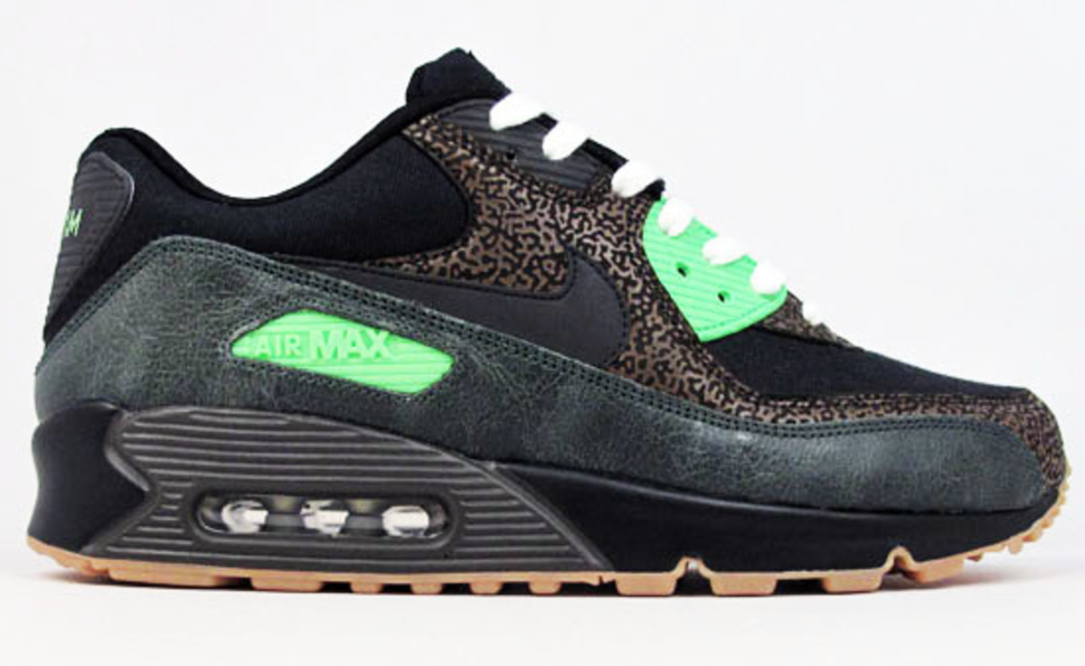 nike-air-max-90-studio-id-21-mercer-9