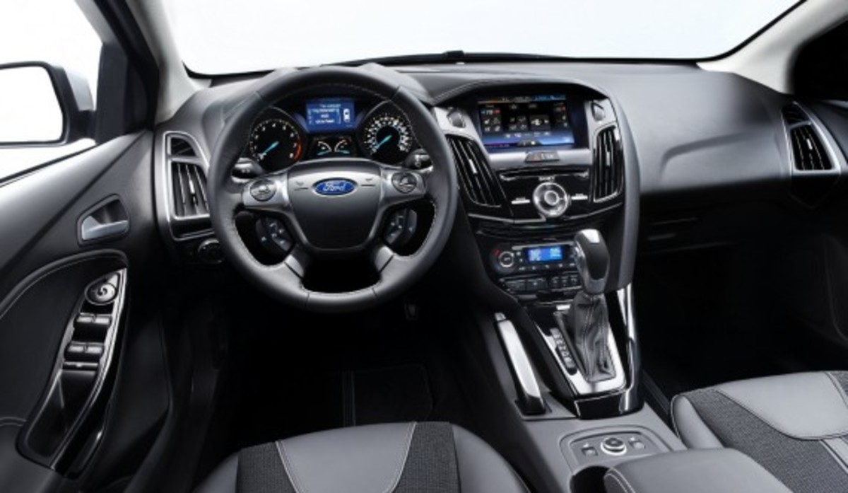 Ward's 10 Best Car Interiors 9