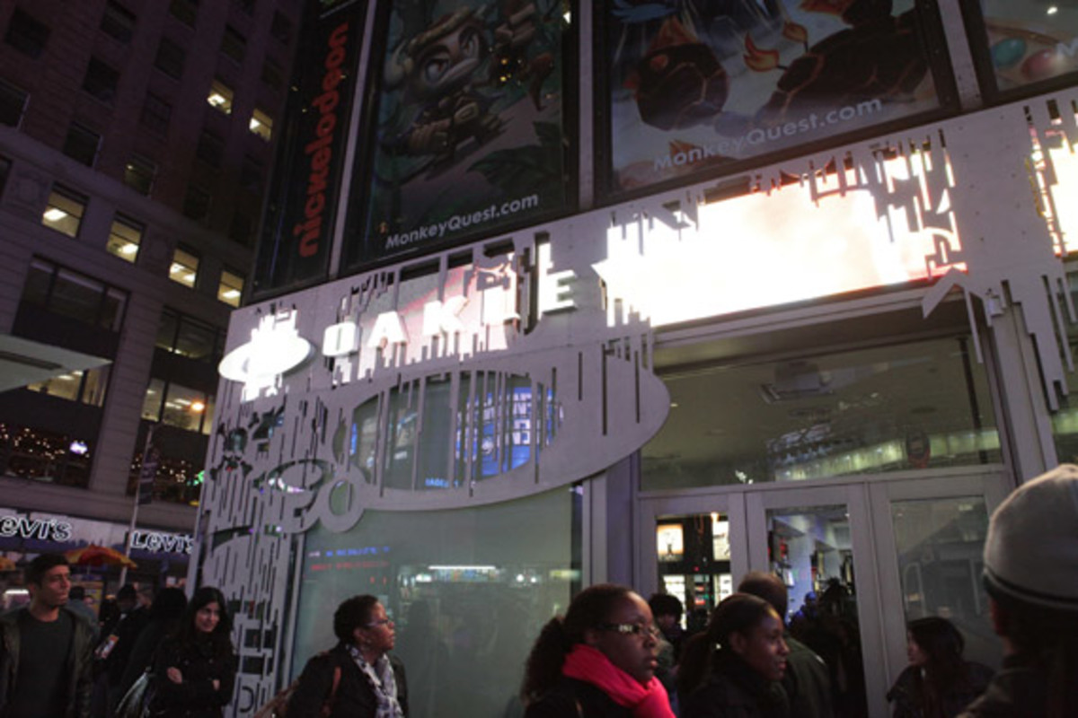 oakley-time-square-grand-opening-20