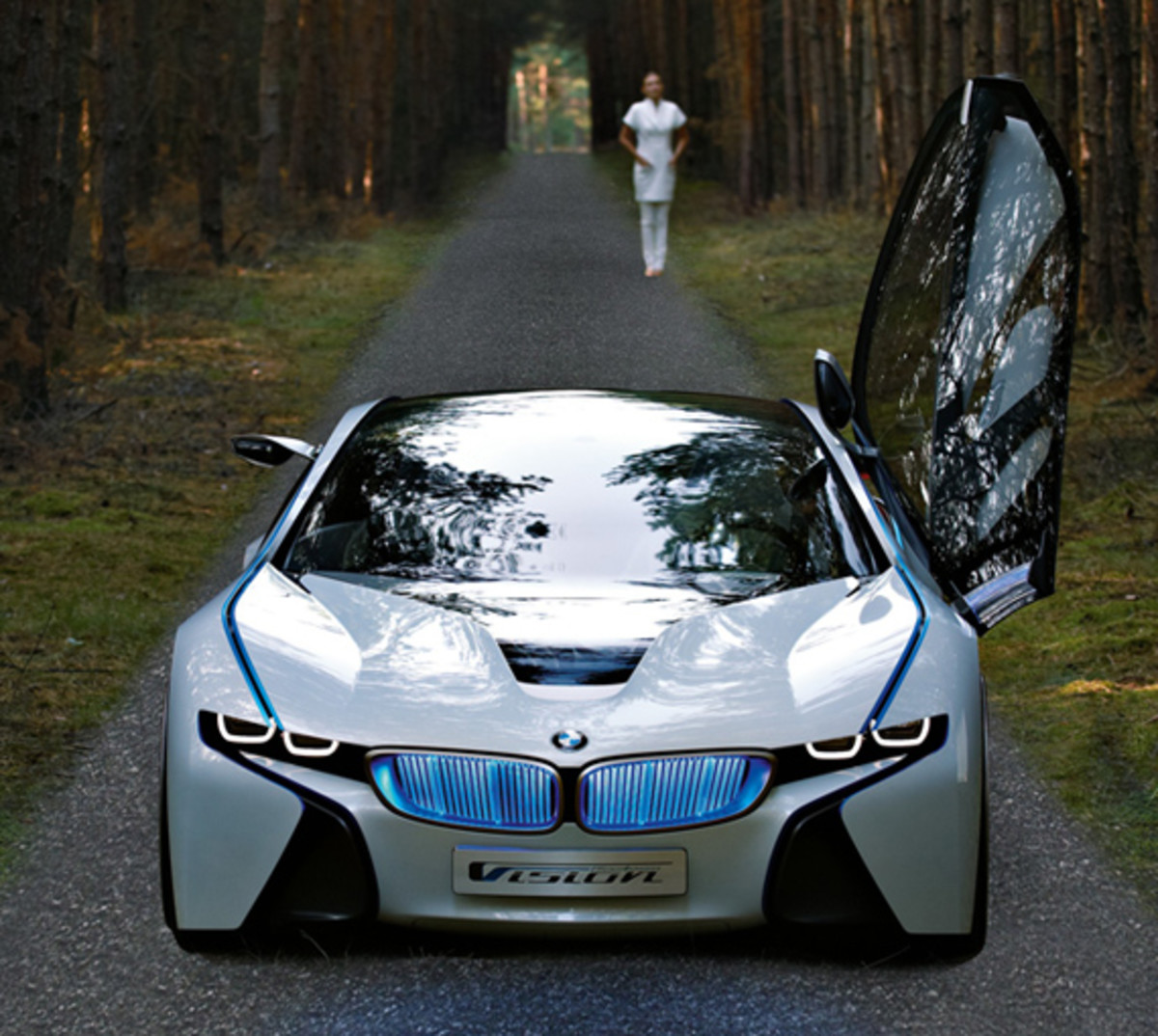 BMW-Vision-EfficientDynamics-woods-05
