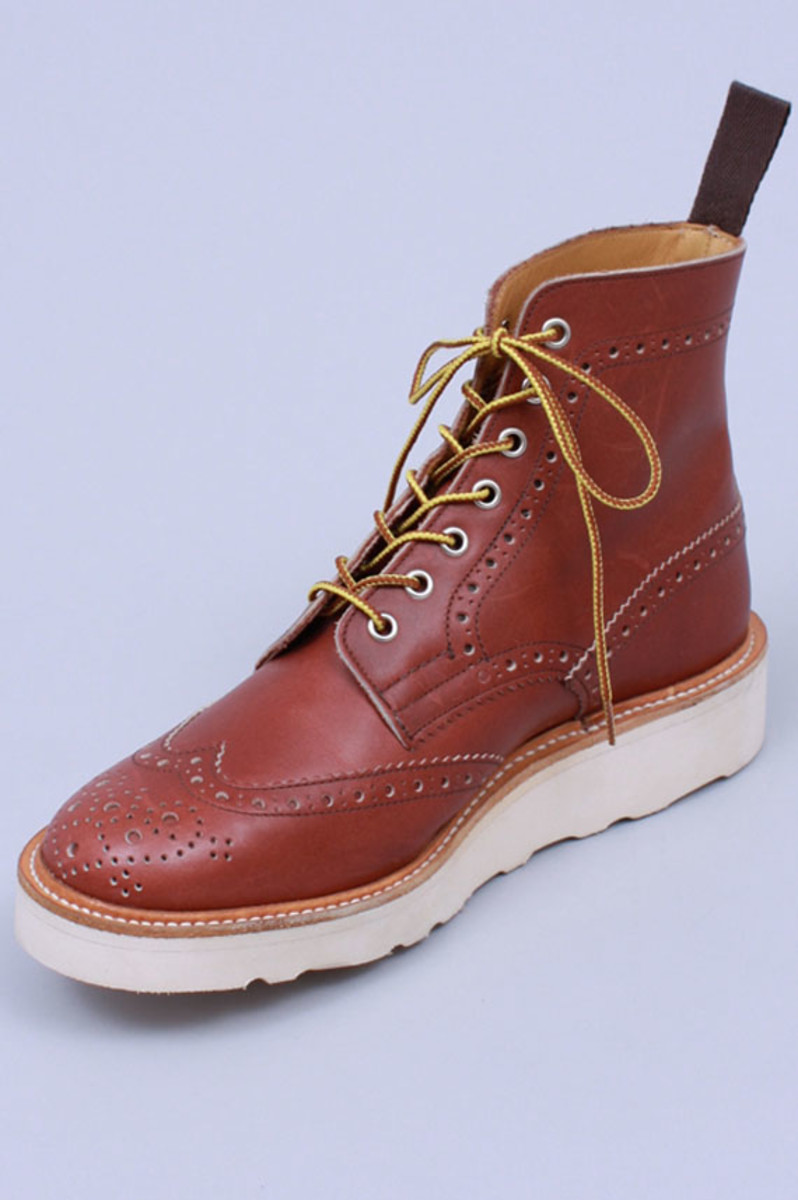 wing-tip-boots-burgundy-waxy-pull-01