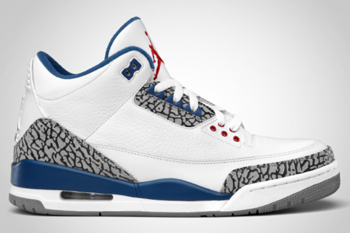 air-jordan-iii-true-blue-official-images-02