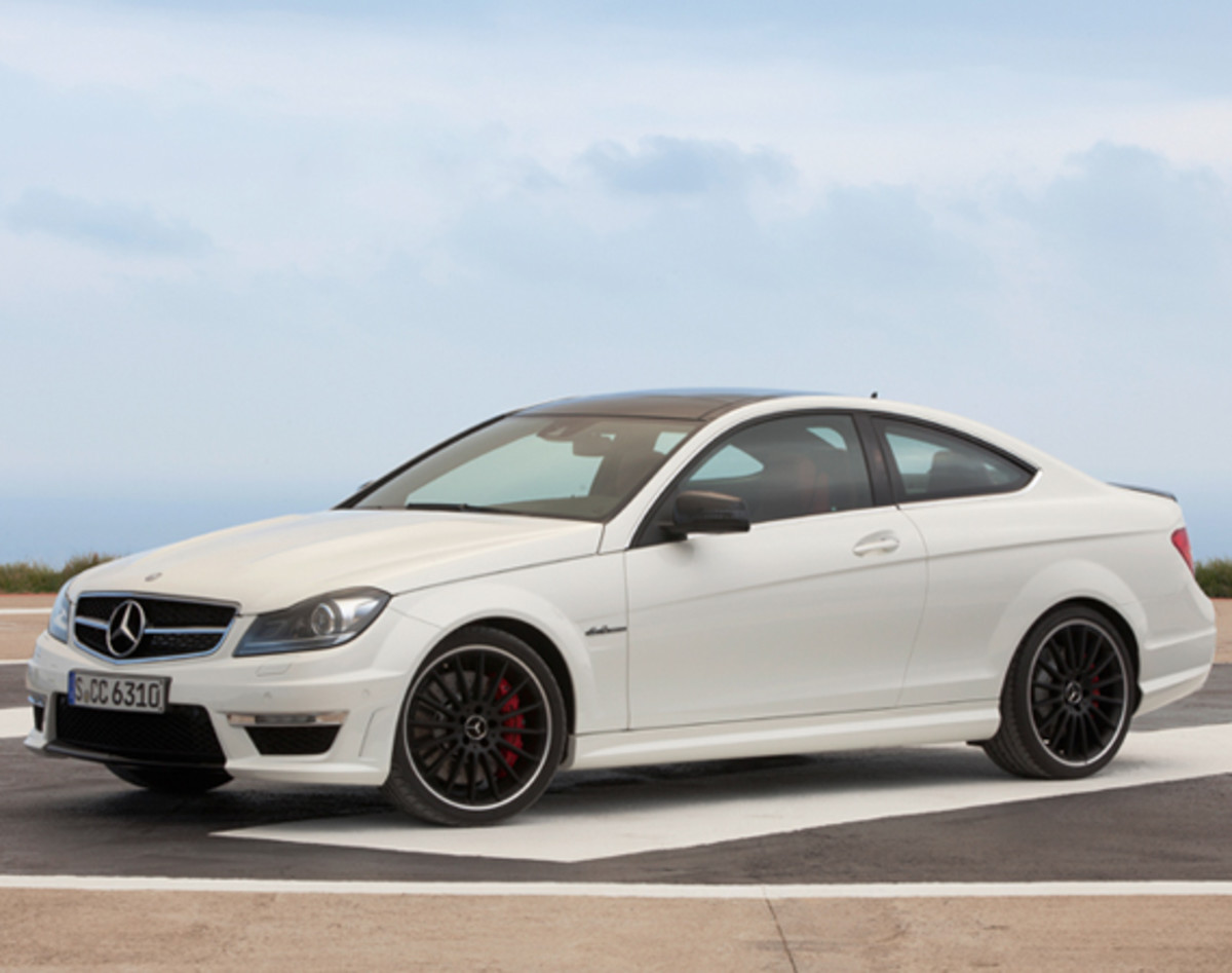 mercedes-benz-c63-amg-coupe-02