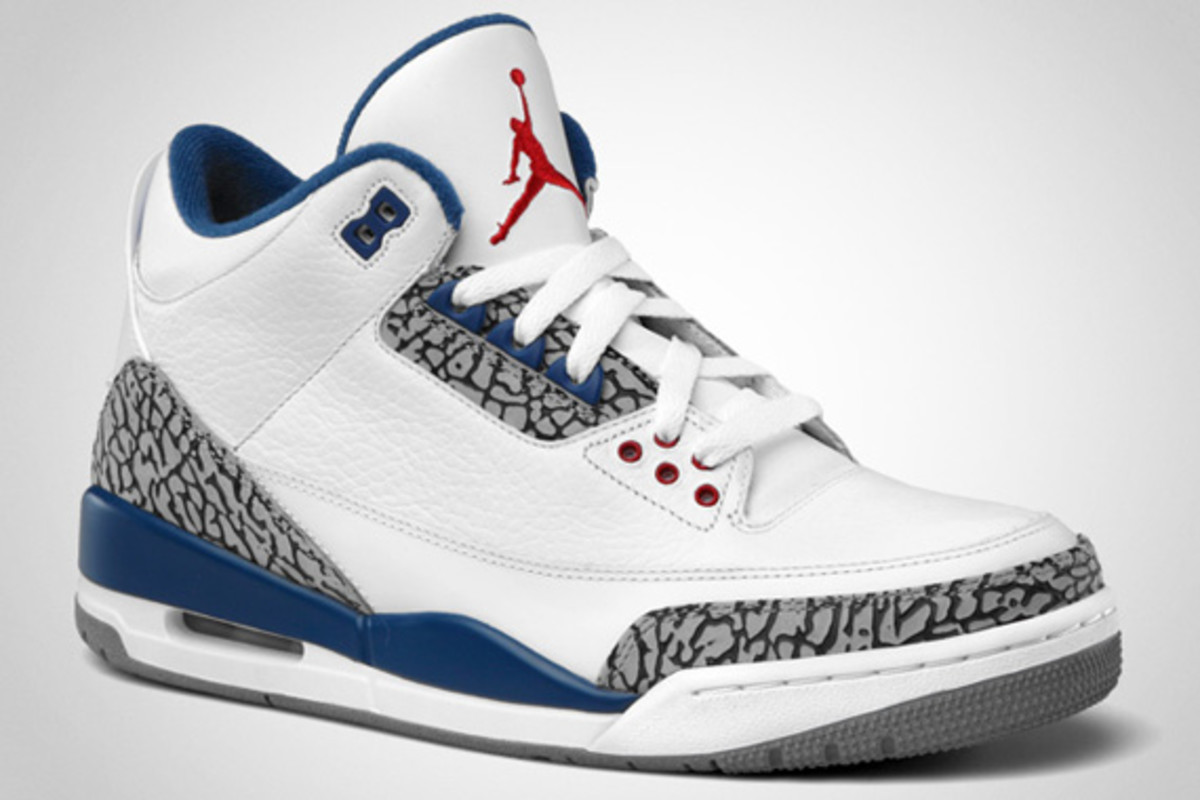 air-jordan-iii-true-blue-official-images-03