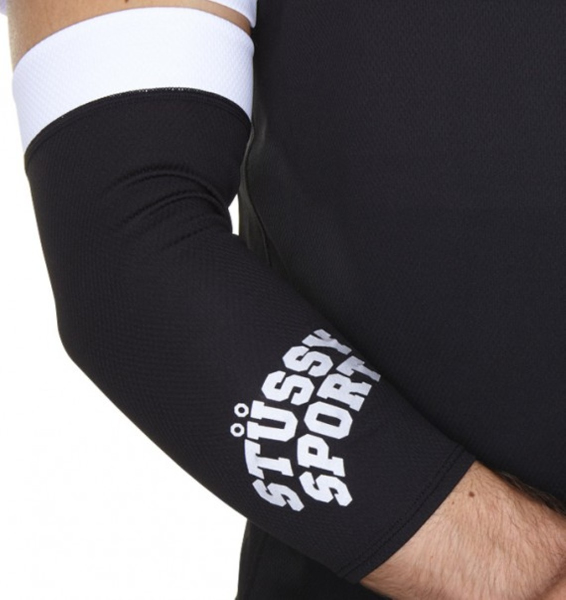stussy-sport-arm-warmer-01