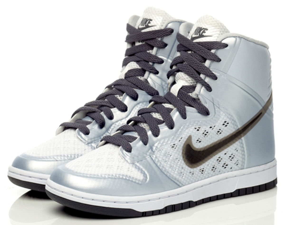 nike-sportswear-hyperfuse-dunk-high-06