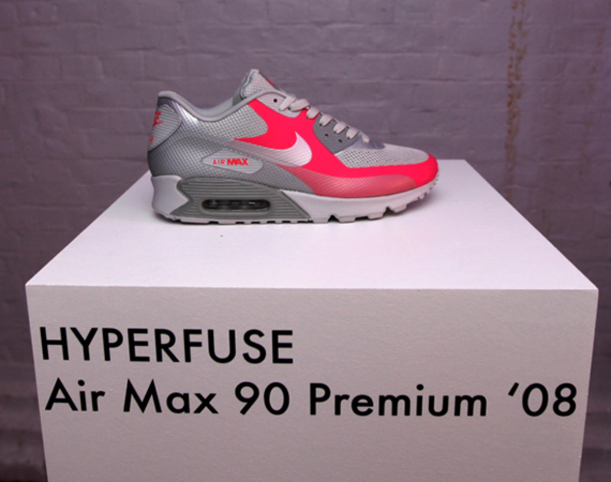 nike-sportswear-hyperfuse-product-preview-london-30