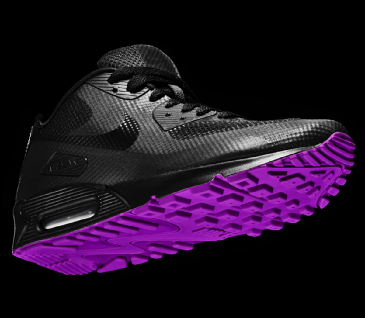 nike-sportswear-hyperfuse-air-max-90-01