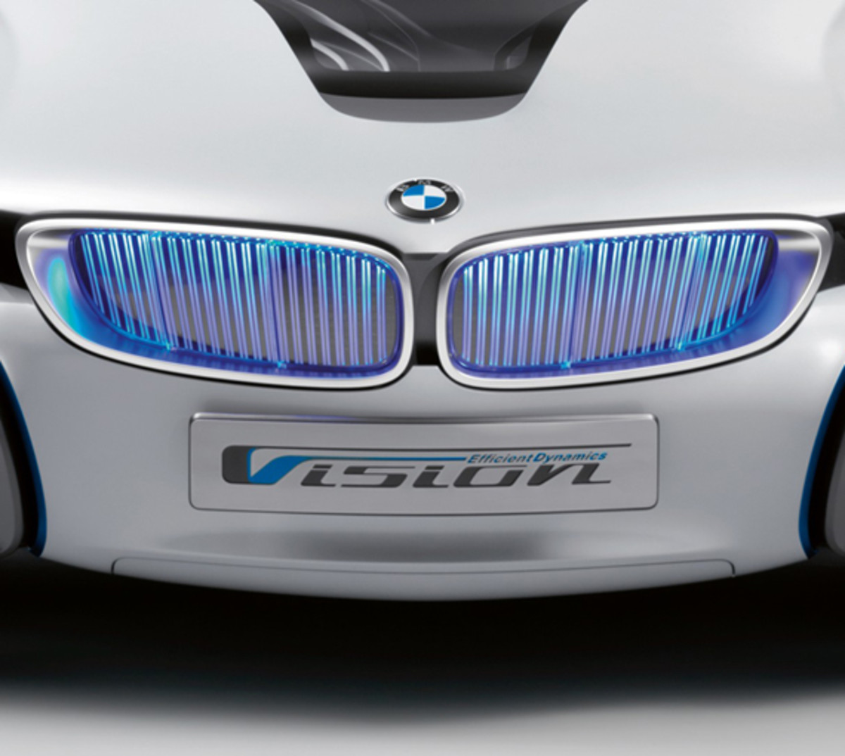 BMW-Vision-EfficientDynamics-studio-03