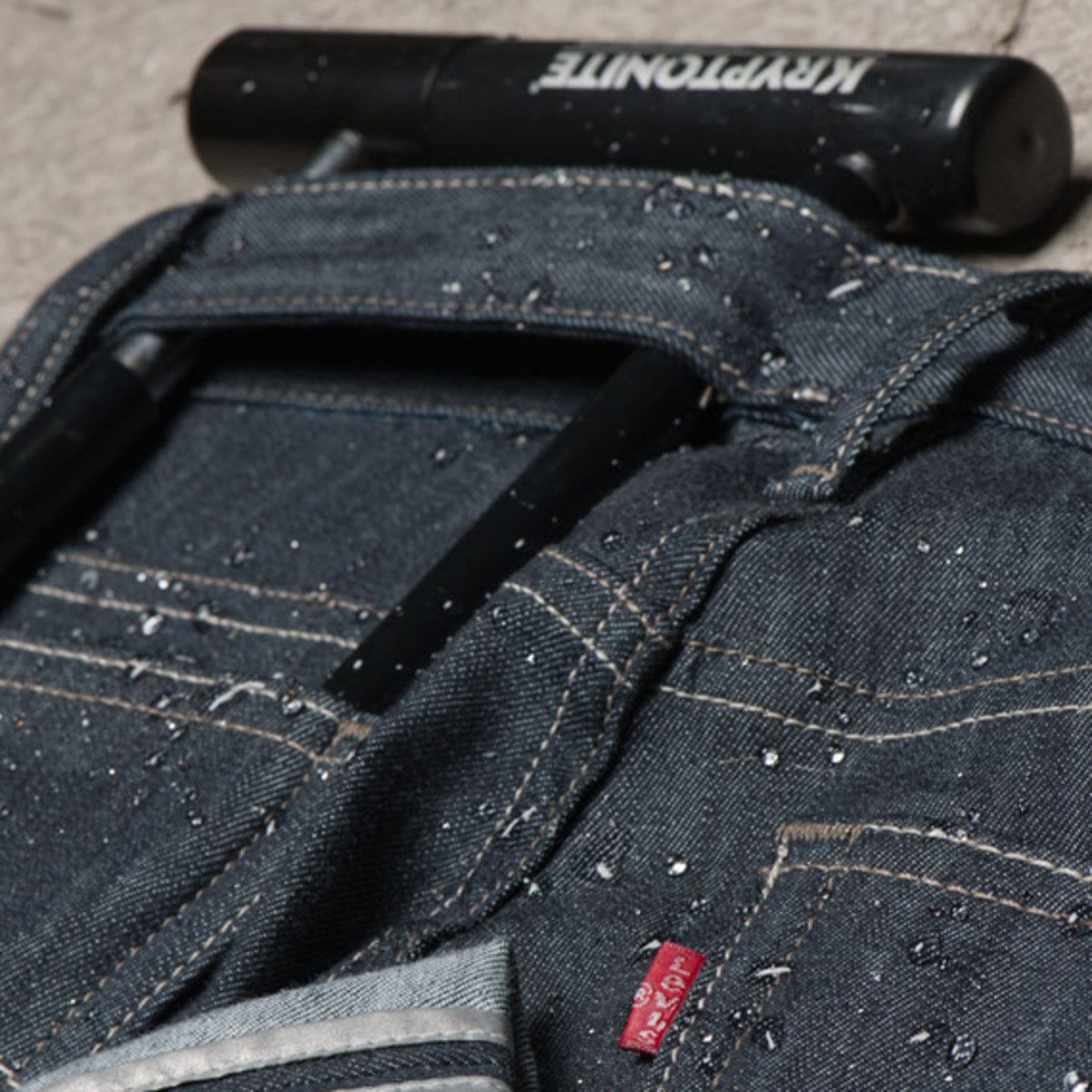 levis-commuter-cycling-denim-collection-03