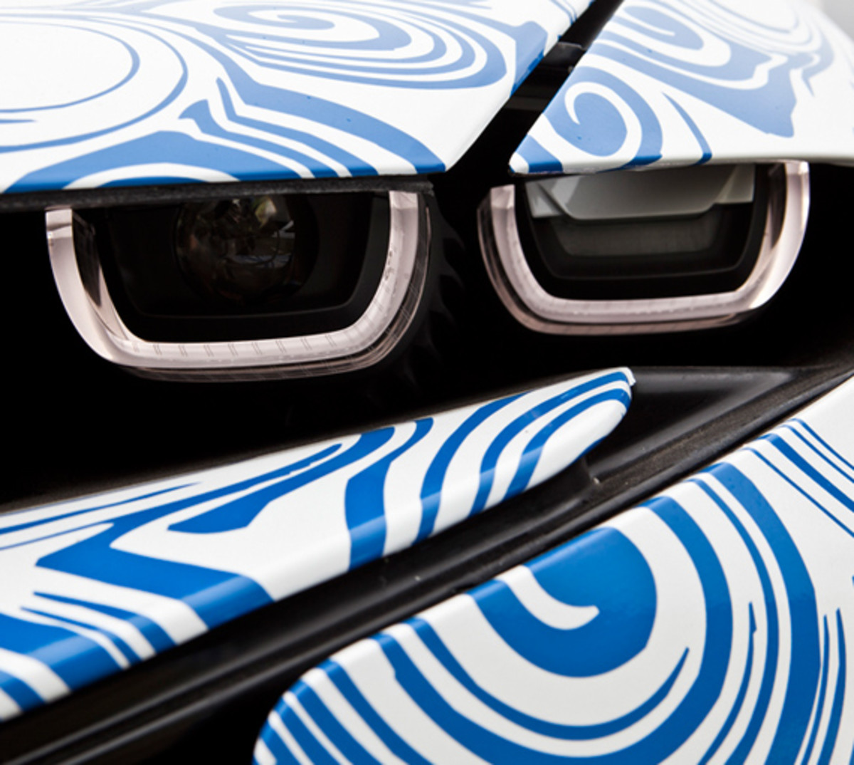BMW-Vision-EfficientDynamics-test-track-05