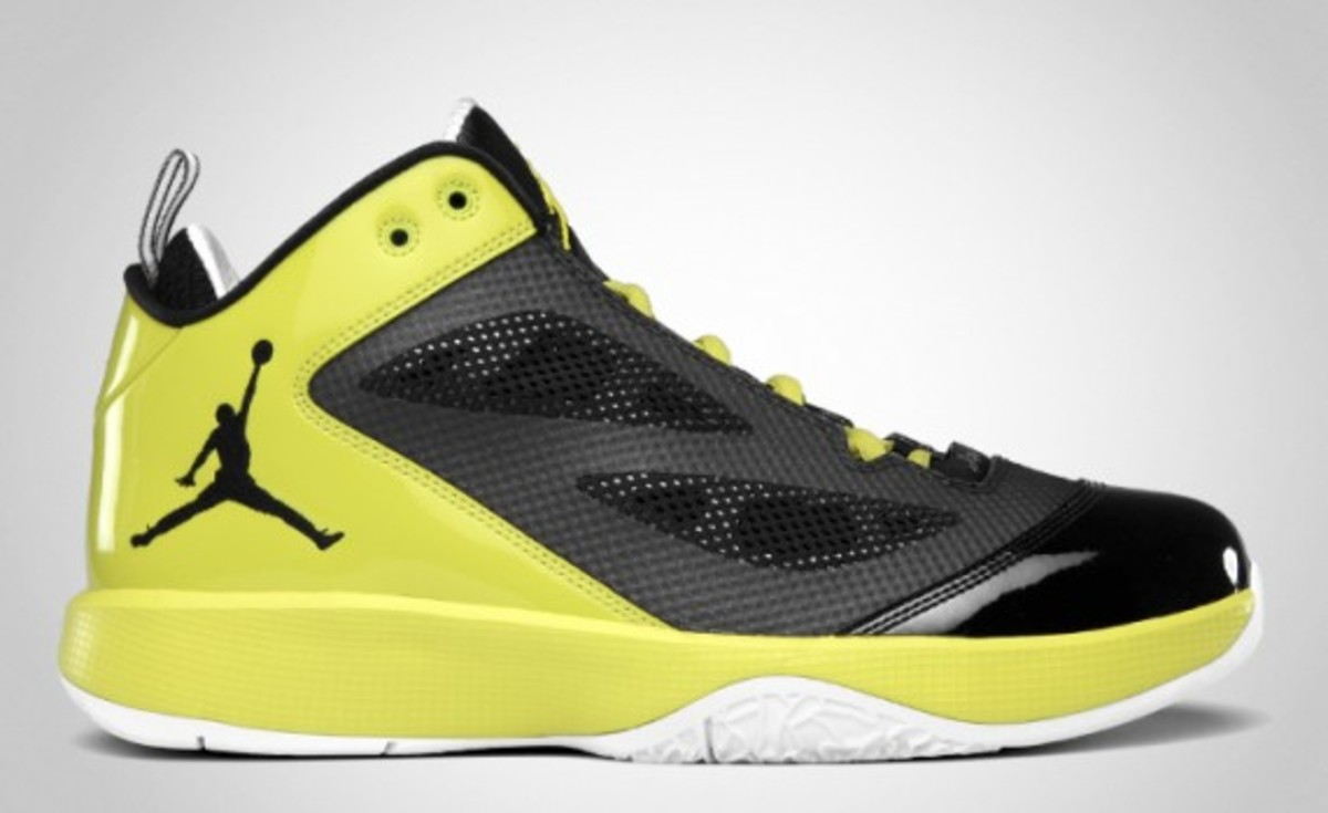 air-jordan-2011-q-flight-01