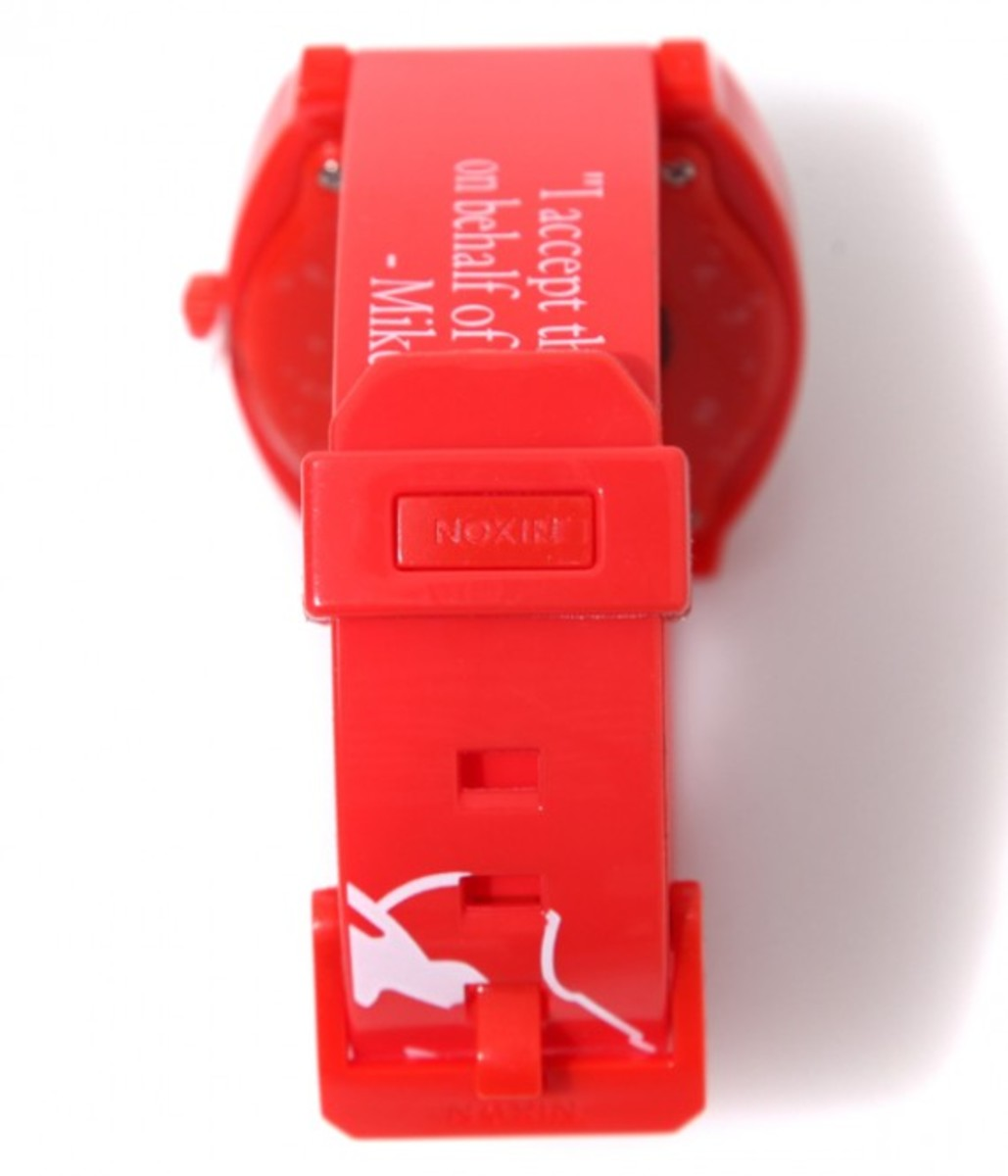 beastie-boys-nixon-time-teller-p-red-03