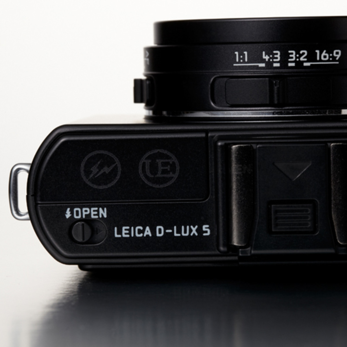 leica-x-ue-d-lux-5-detailed-look-5