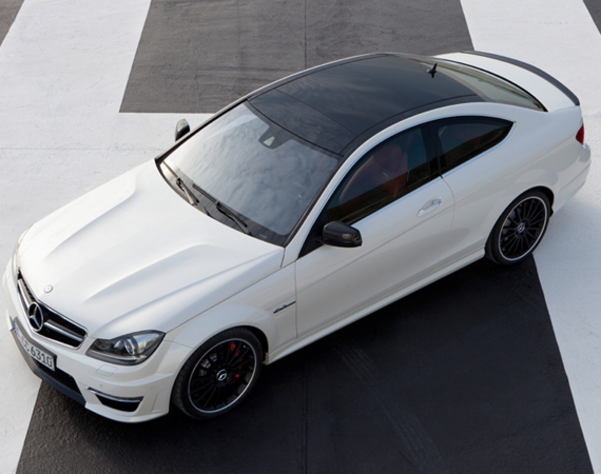 mercedes-benz-c63-amg-coupe-06