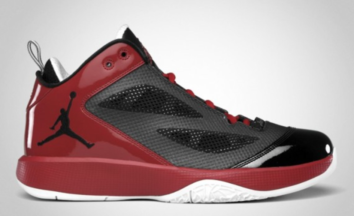 air-jordan-2011-q-flight-04