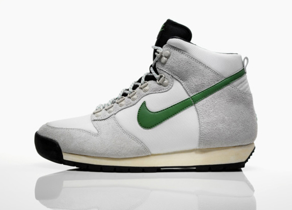 nike-sportswear-lava-dunk-fall-winter-2011-03