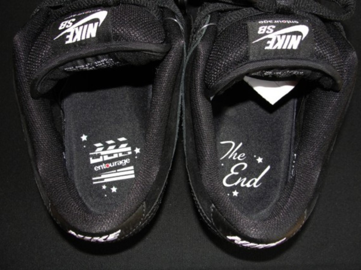 entourage-nike-sb-dunk-low-lights-out-02