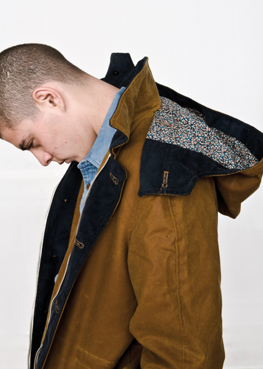 hixsept-fall-winter-2011-collection-lookbook-etudes-01
