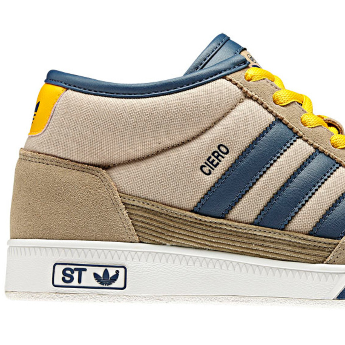 adidas-originals-st-collection-sneakers-06