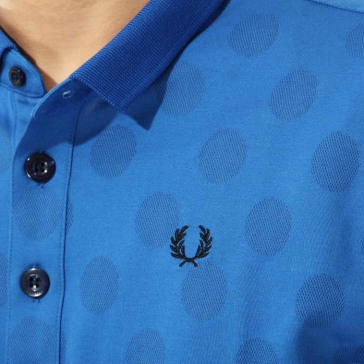 dot-polo-shirt-07