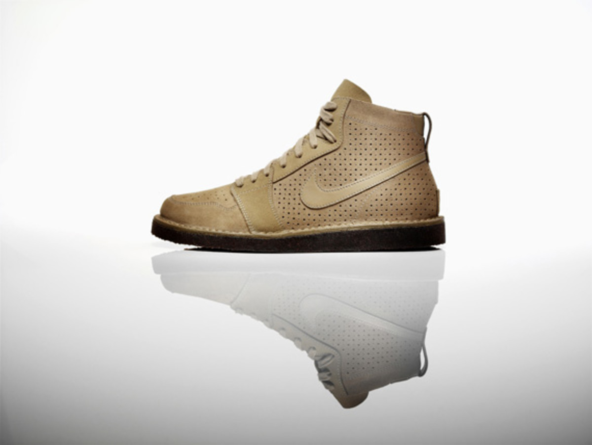 nike-air-royal-mid-so-qs-04