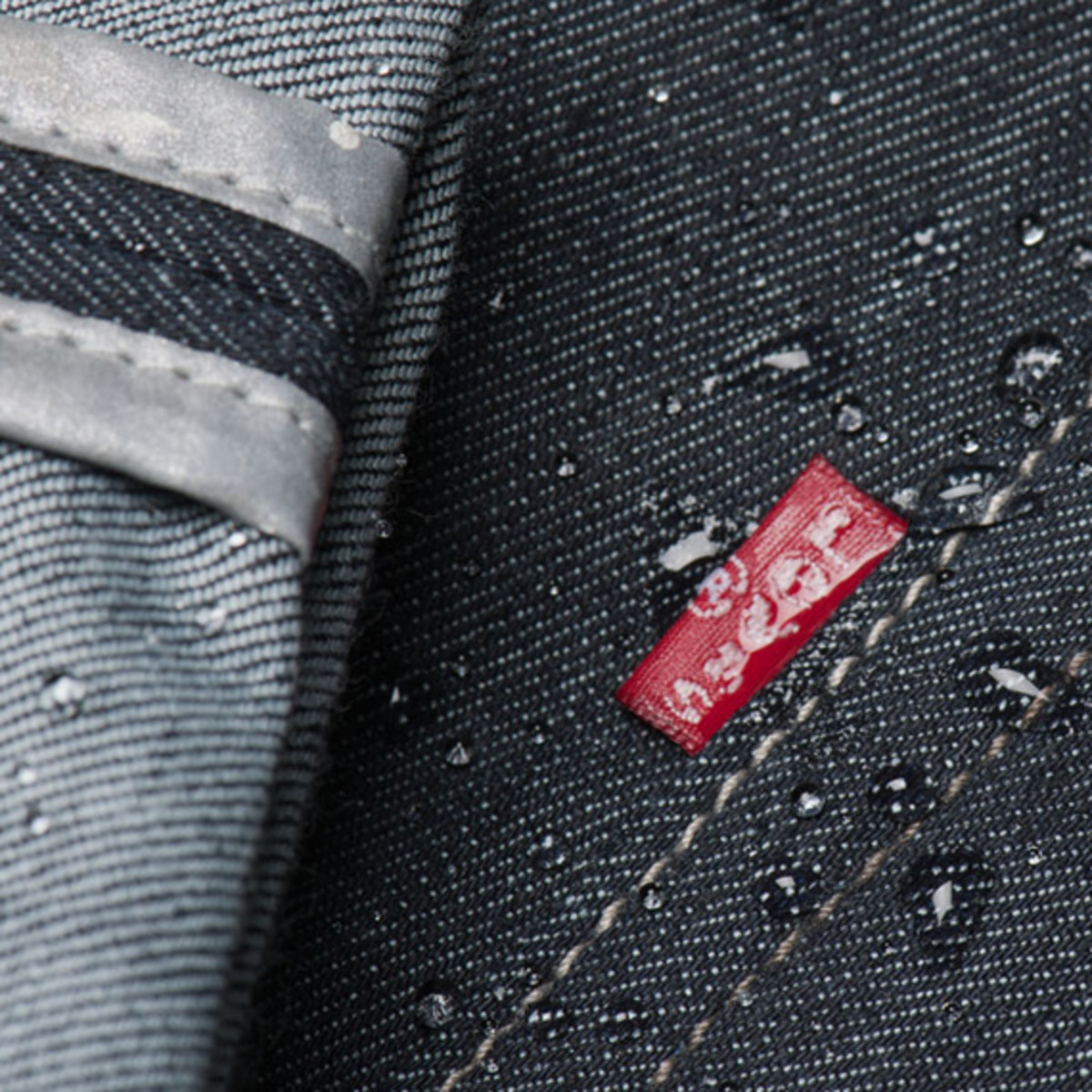 levis-commuter-cycling-denim-collection-06